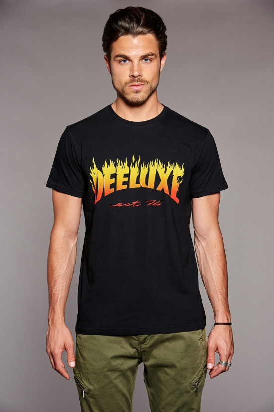T-shirt PUNK Outlet Deeluxe