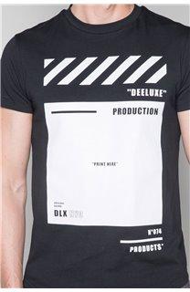 T-Shirt T-SHIRT HERE Homme W19162 (49103) - DEELUXE