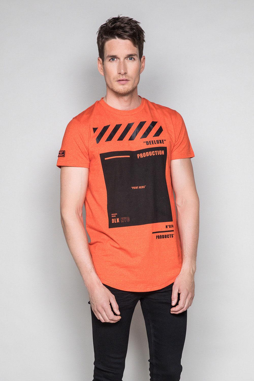 T-Shirt T-SHIRT HERE Homme W19162 (49104) - DEELUXE